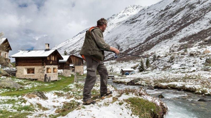 Un froid polaire a envahi la Suisse dans la nuit de lundi à mardi. Un fin duvet blanc s'est déposé au-dessus de 1000 mètres (archives).