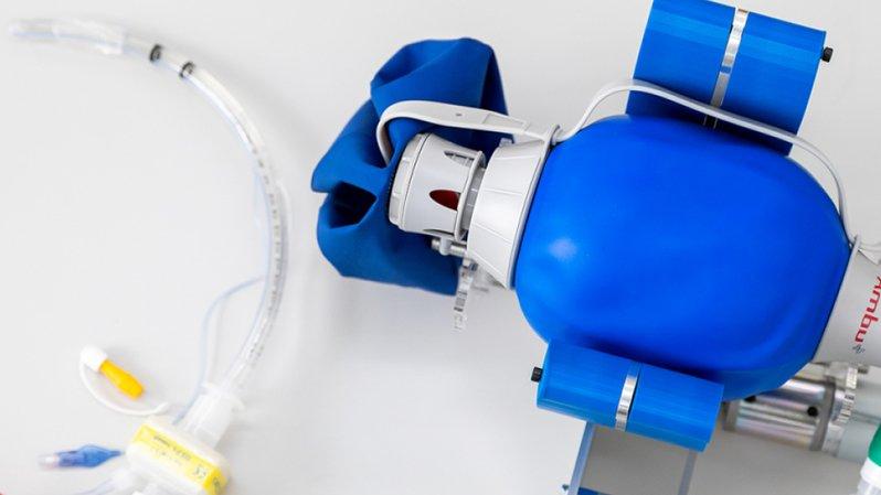 Un prototype du respirateur développé par l'EPFZ a été soumis à des tests techniques. L'appareil devrait coûter moins de 5000 francs.