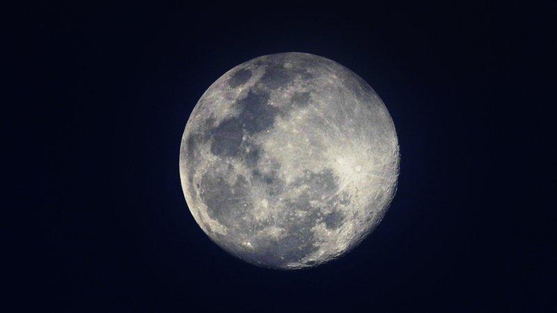 Lune: des traces d'activité tectonique ont été repérées sur la face cachée