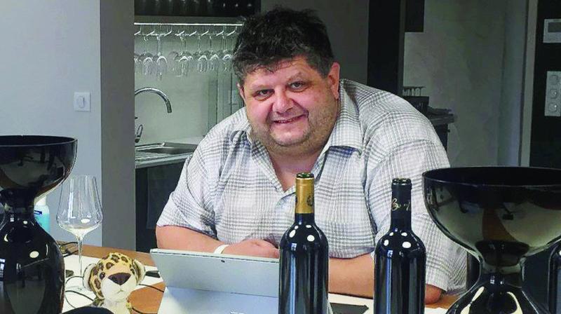 Confiné dans un château en France, le chroniqueur d'«ArcInfo» déguste des vins