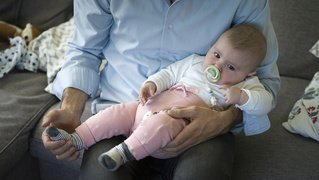 Congé paternité: le Parti socialiste neuchâtelois n'a pas pu faire invalider le référendum