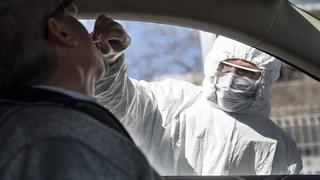 Coronavirus: à Berne, le dépistage en voiture est pris d'assaut