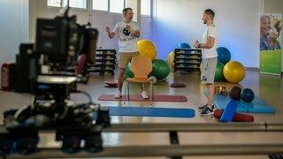 Les cours de gym pour les seniors neuchâtelois se poursuivront jusqu'à la fin de l'année