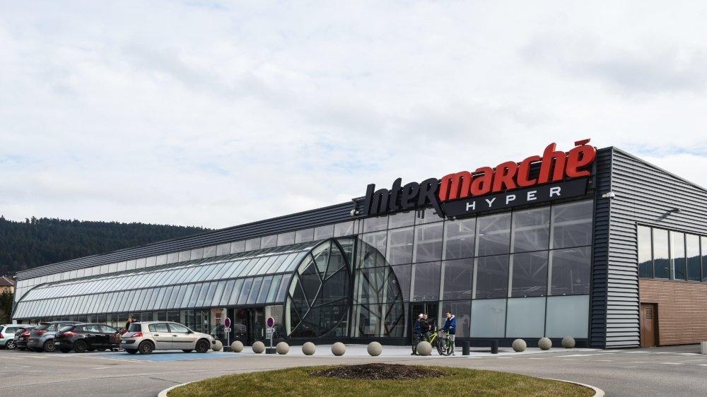 Les Suisses représentent entre 10% et 40% de la clientèle d'Intermarché à Morteau.