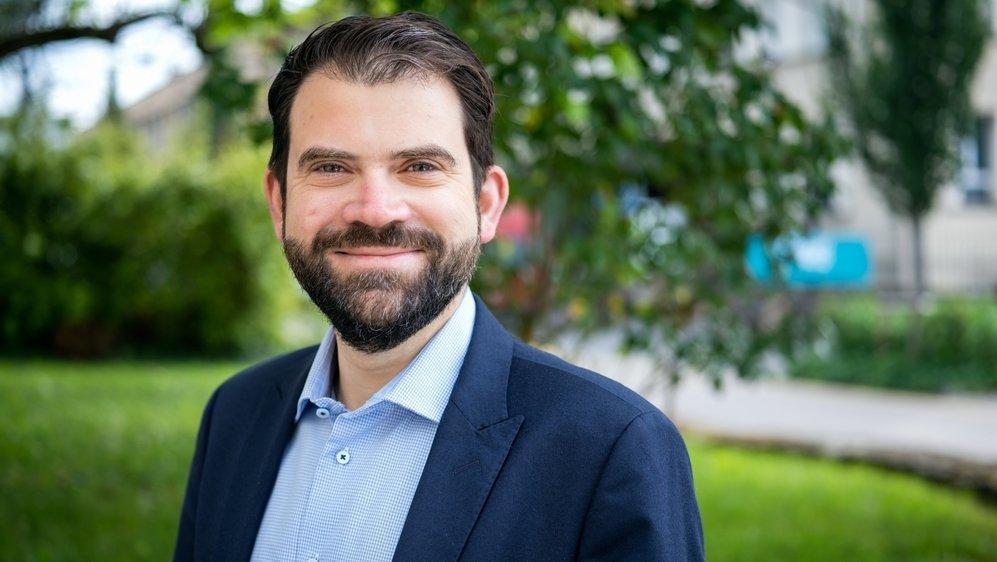 Le politicien neuchâtelois Damien Cottier parle ouvertement de son orientation sexuelle.