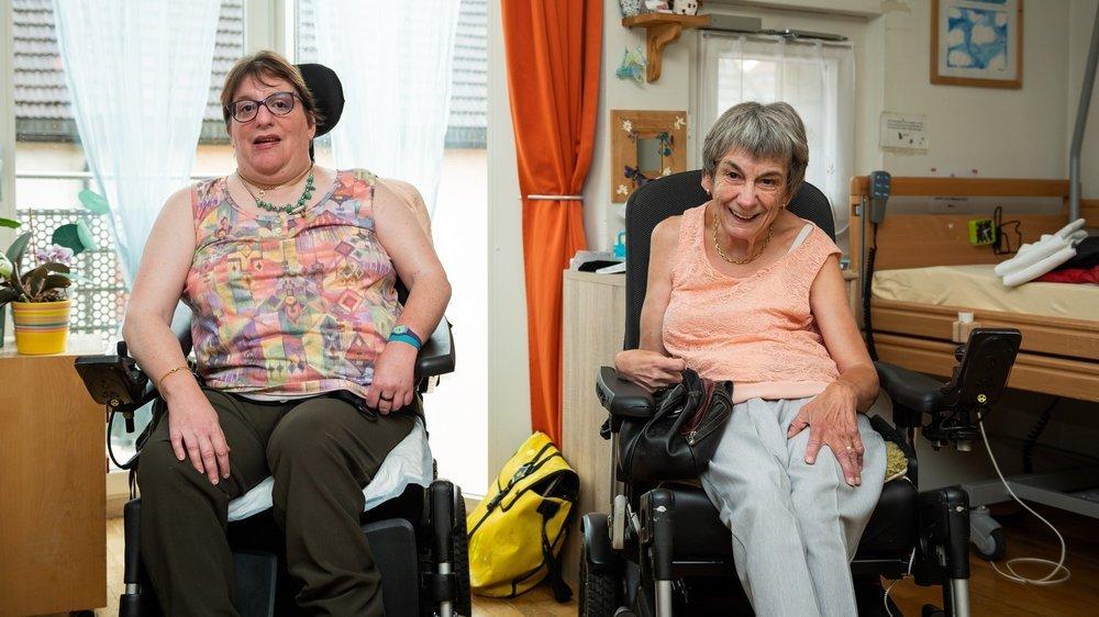 Valérie Ponti et Josiane Cattin, résidentes de Foyer handicap, à La Chaux-de-Fonds.