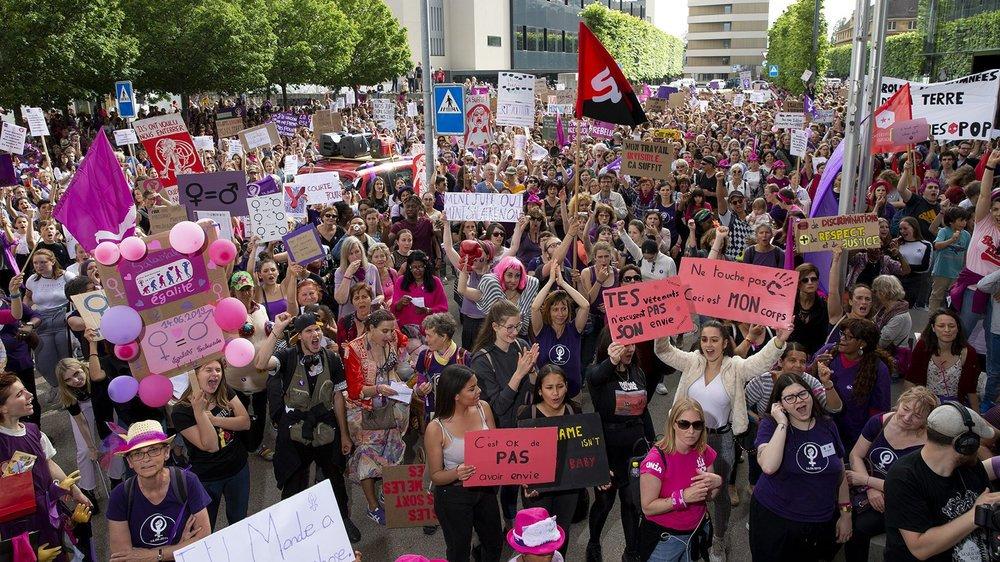 Il y a un an, le 14 juin, la grève des femmes se mettait en marche à Neuchâtel, mais aussi à l'échelle nationale.