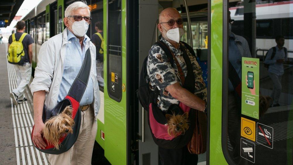 Le port du masque dans les transports publics devra être systématique dès lundi.