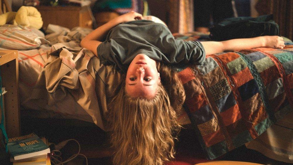 Mylia (Emilie Bierre), une ado à l'envers et contre tout.