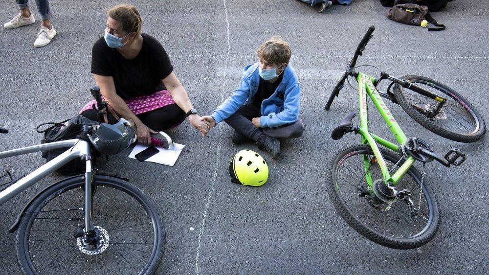 Les cyclistes doivent circuler en toute sécurité par temps de pandémie.