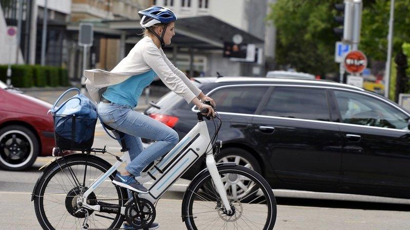 Vélo électrique: 355 blessés graves en 2019, comment éviter les collisions?
