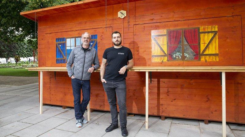 Bertrand de Coulon, propriétaire du bar Au 21, et son associé Benjamin di Meo, serviront leur premier café-croissant-jus d'orange le lundi 15 juin à 9h.