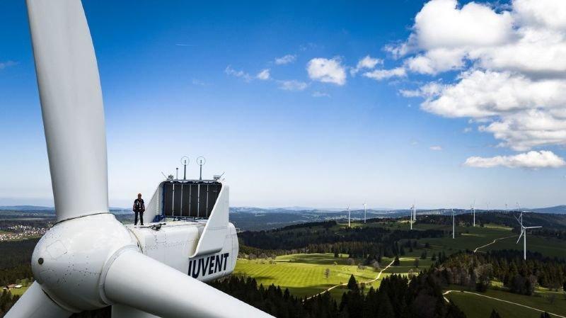 Energies: la Suisse toujours à la traîne dans le secteur solaire et éolien