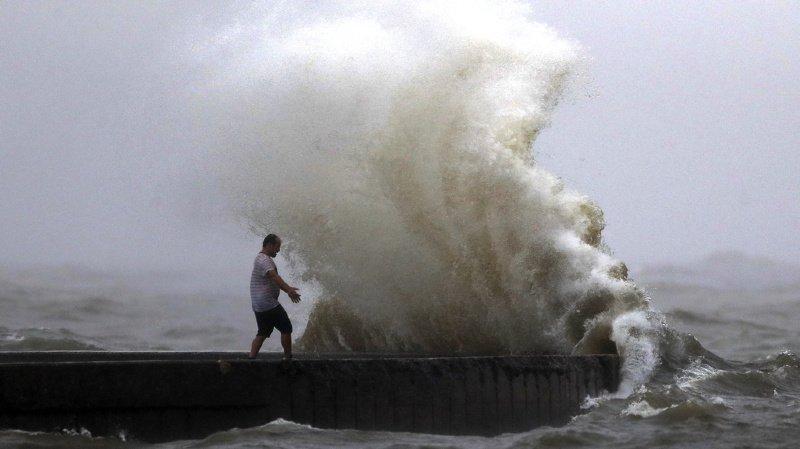 Etats-Unis: la tempête tropicale Cristobal s'abat sur les côtes de la Louisiane