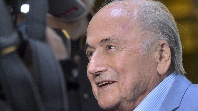 Affaire FIFA: Sepp Blatter ciblé par une nouvelle investigation