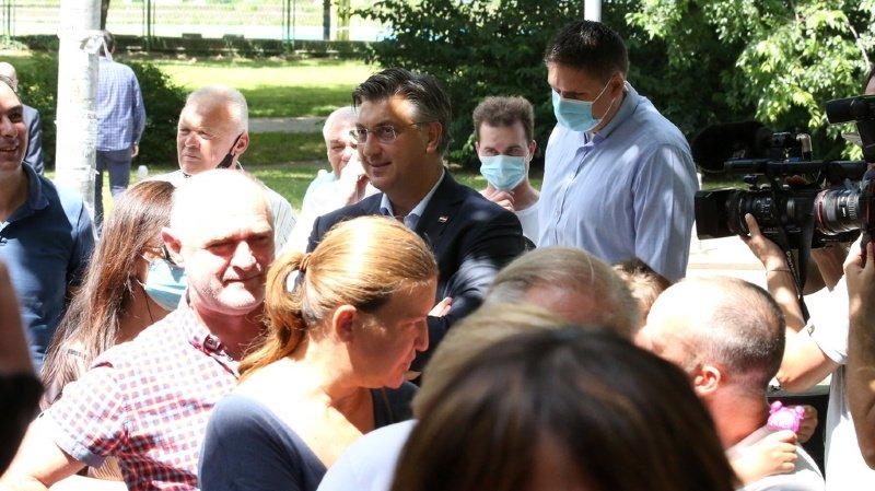Croatie: les conservateurs vont garder le pouvoir en Croatie