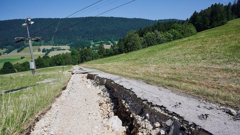 Les orages estivaux ont ainsi coûté plus de 100 millions de francs ces cinq dernières années rien que dans les cantons de Neuchâtel (ici au Val-de-Ruz en juin 2019), de Vaud, de Fribourg et du Jura.