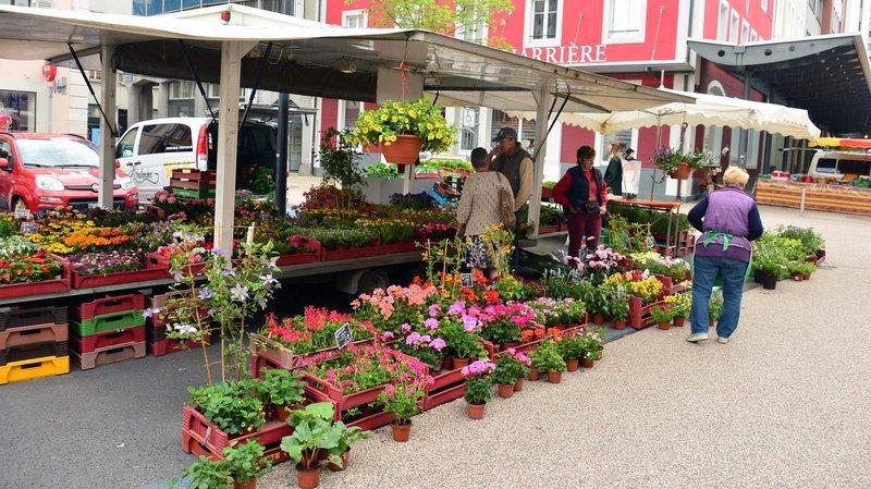 Les marchés ont lieu le 1er août à La Chaux-de-Fonds (photo) et à Neuchâtel.