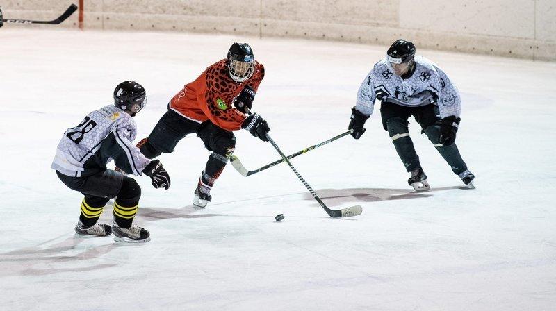 Les hockeyeurs corporatifs régionaux refusent d'adhérer à la fédération