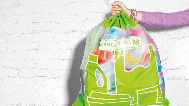 Recyclage: Greenpeace se montre critique envers les sacs de collecte de plastique Migros