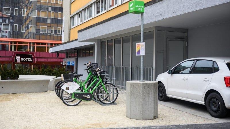 Le système en libre-servicepermet de conserver son vélo durant une période de douze heures.