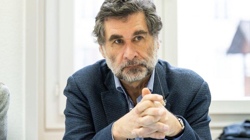 """""""S'il y a trois cas par jour pendant trois jours, on va changer de scénario et le niveau d'alerte suivant sera activé"""", a expliqué Claude-François Robert."""