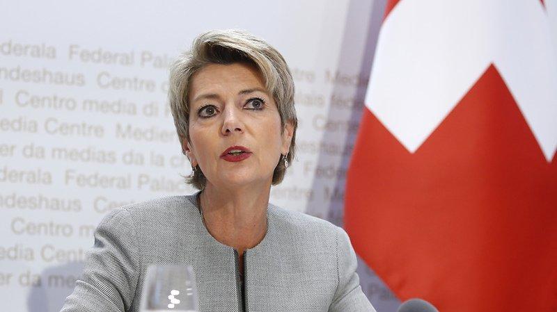 Bilatérales: Karin Keller-Sutter lance la campagne contre l'initiative «pour une immigration modérée»