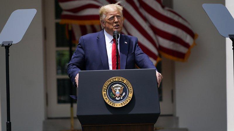 Racisme: Trump interdit les prises d'étranglement sauf en cas de danger