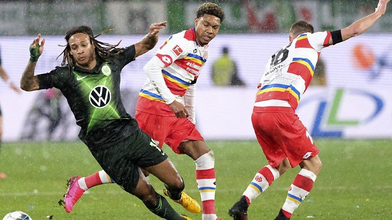 Football – Bundesliga: un but de Kevin Mbabu n'empêche pas la défaite de Wolfsburg