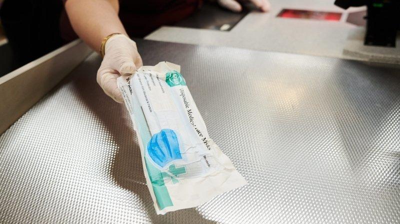 Face à la résurgence du coronavirus, le canton du Jura conseille l'achat de masques chirurgicaux