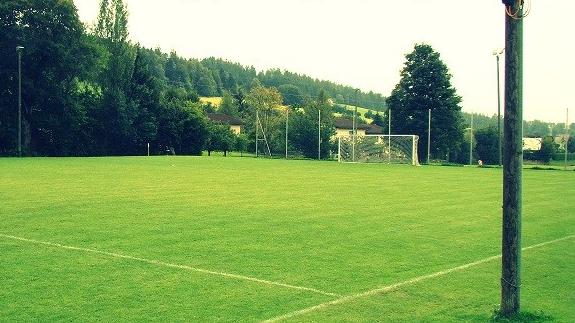 Football: le FC Etoile-Sporting engage un jeune entraîneur