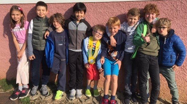 Bôle: une bande de copains âgés de 8 ans récoltent 1421francs en faveur de Caritas