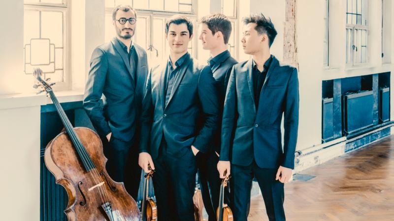 Quatre jeunes musiciens enregistrent Schubert en public