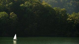 Fribourg: une femme de 66 ans retrouvée sans vie dans le lac de la Gruyère