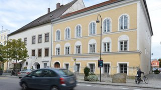 Autriche: la maison natale d'Adolf Hitler va être transformée en poste de police