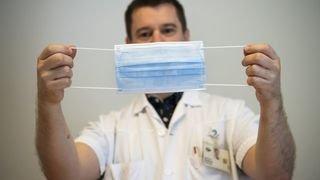 Coronavirus: le masque doit être bien utilisé, sinon il est inefficace