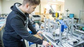 Canton de Neuchâtel: nouveau modèle d'apprentissage pour les métiers techniques