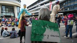 GREVE DES FEMMES CHX 12578