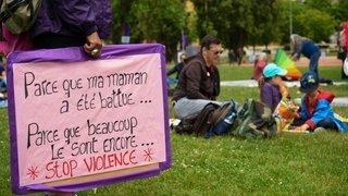 GREVE DES FEMMES NE 12548