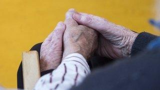 La ligue neuchâteloise contre le rhumatisme propose des exercices à faire à la maison
