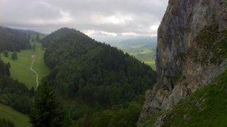 La majestueuse Roche-aux-Crocs est chaux-de-fonnière