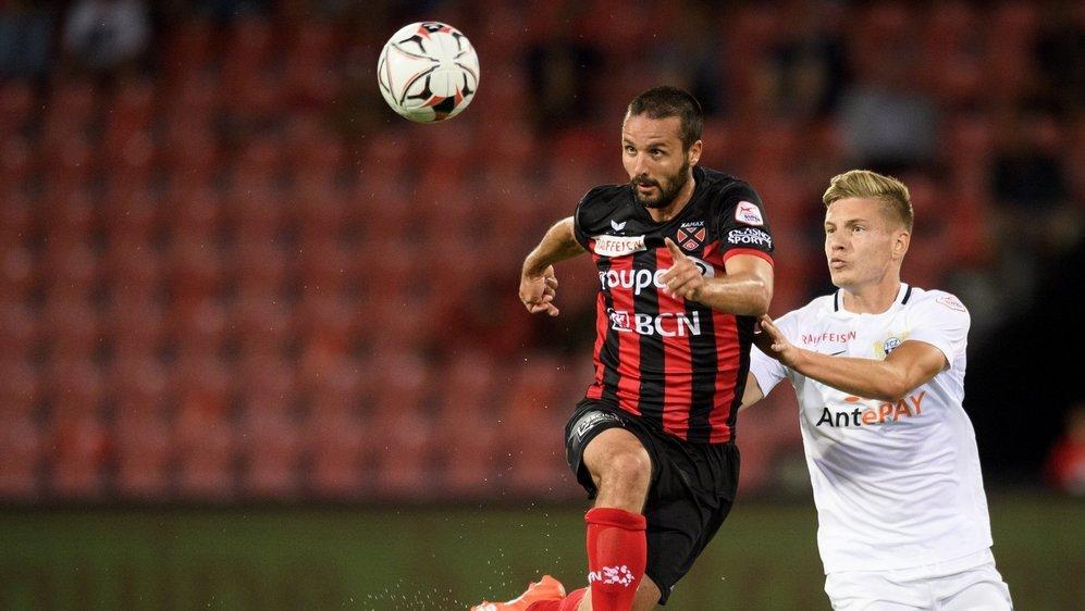 Raphaël Nuzzolo continuera de porter l'attaque xamaxienne la saison prochaine