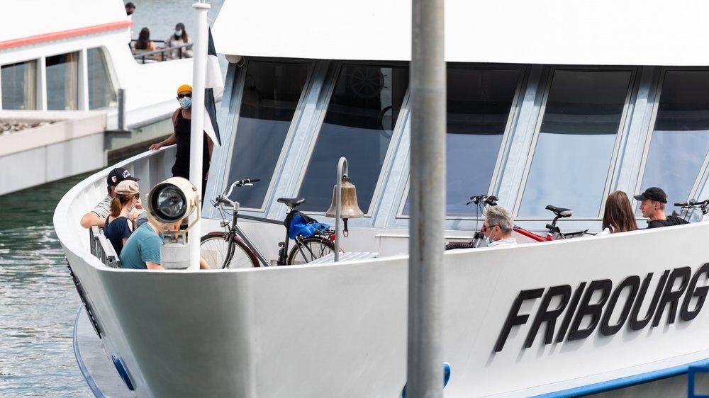Les usagers qui prennent le bateau avec leur vélo doivent désormais payer un supplément.