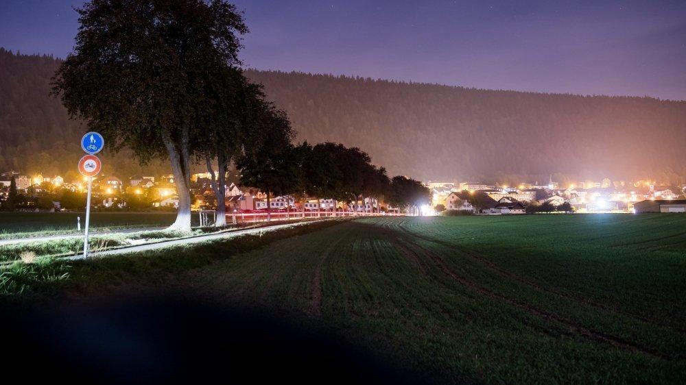 Cernier est le dernier village de Val-de-Ruz qui verra son éclairage public s'éteindre ce vendredi à minuit.