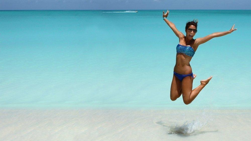 Les joies de la plage en Espagne se sont terminées précipitamment pour les vacanciers suisses qui voulaient éviter une mise en quarantaine (image d'illustration).