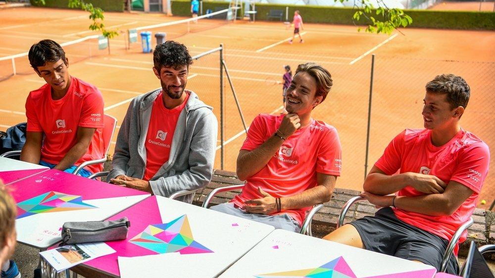 De gauche à droite, Sami Ben Abdennibi (N3.53), Luca Castelnuovo (N2.25) et Mirko Martinez (N2.19) font parti des neuf joueurs du TC des Cadolles. Damien Wenger (à droite, N1.8), blessé, restera sur le banc.