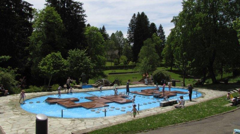 La Chaux-de-Fonds: on peut à nouveau jouer dans la fontaine du Bois du Petit-Château