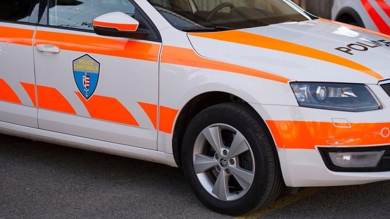 Jura: ils fouillent des voitures et se font pincer par la police