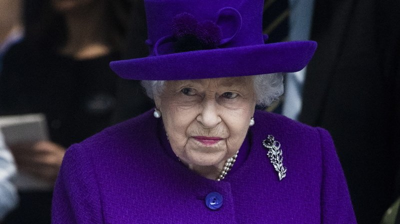 Grande-Bretagne: il vole des objets de la famille royale pour les revendre sur internet
