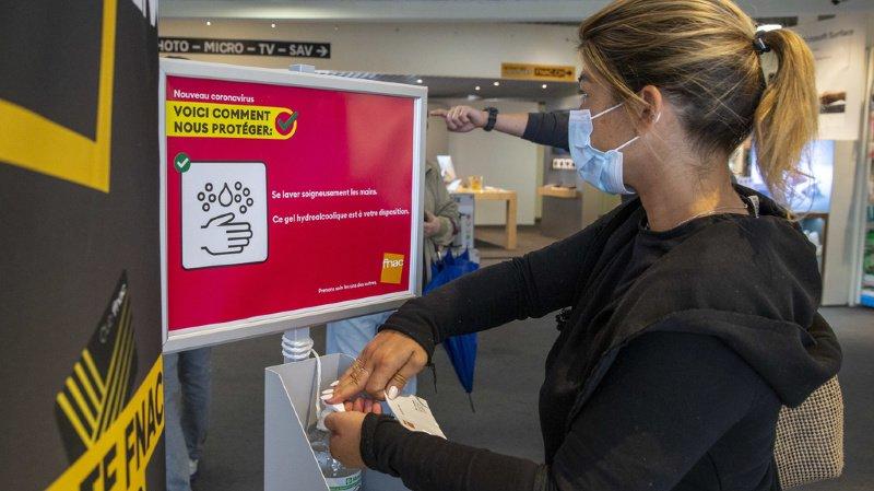 Coronavirus: l'OFSP recommande aux cantons de rendre obligatoire le port du masque dans les commerces